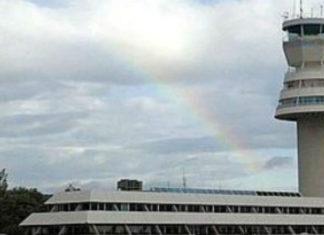 prepotente Aeropuerto de Foronda Vitoria-Gasteiz