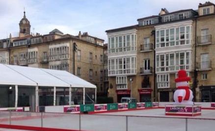Pista de hielo de Navidad de Vitoria-Gasteiz