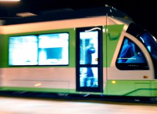 cede El tranvía de Vitoria-Gasteiz Euskotren
