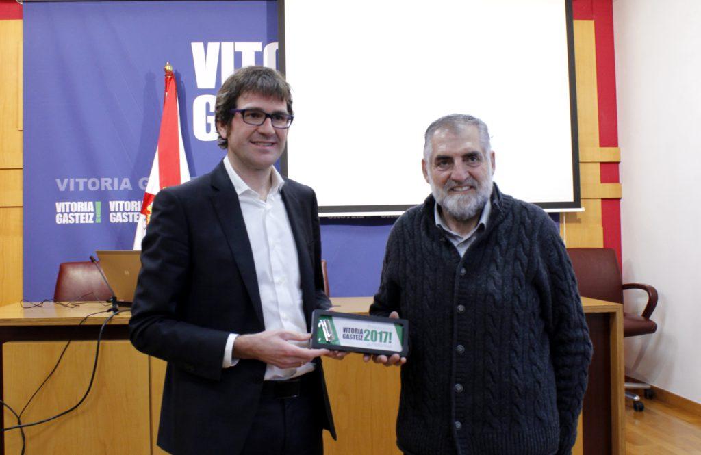 Gorka Urtaran y Peio López de Munain. Ayuntamiento de Vitoria-Gasteiz