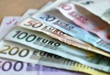 pago impuestos dinero euros sueldos salarial