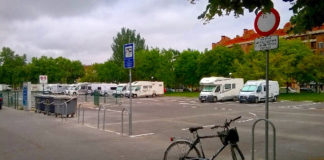 parking caravanas calzoncillos