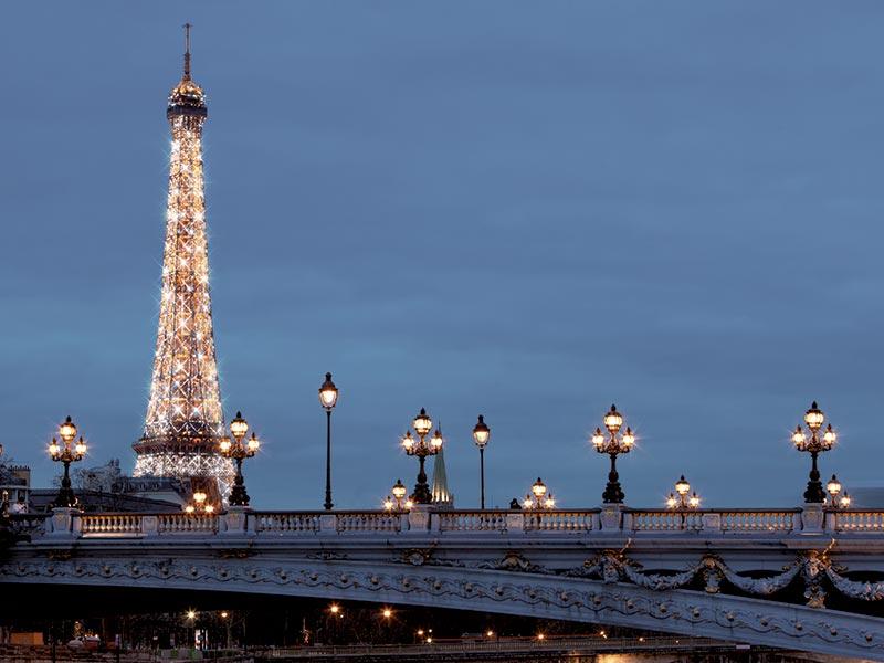 Una empresa que ilumin la torre eiffel pondr luces navide as en vitoria - Iluminacion vitoria ...