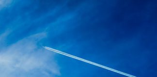 avion sobrevuela diagnóstico