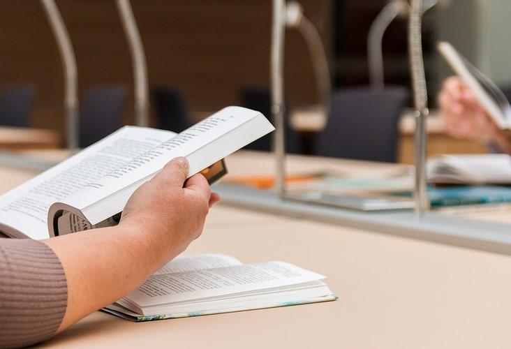 residencia estudiantes vitoria examenes salas estudio estudiantes