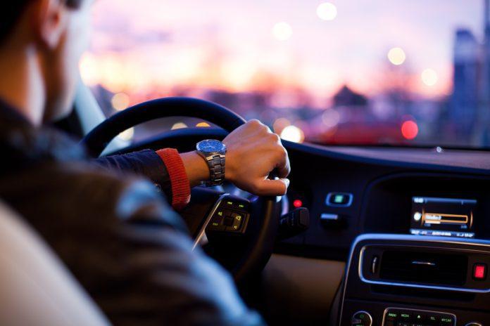 conductores volante conducir sin carné