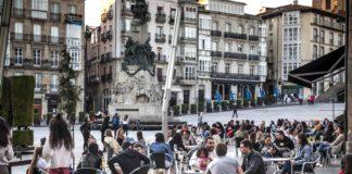 Todos los bares de Euskadi podrían abrir desde el martes