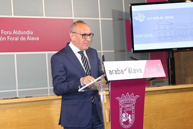 ¡Otro sueldazo político en Vitoria! ¡Más de 100.000 euros!