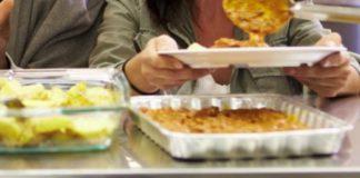 Vitoria destina 19 euros por menú a los mayores