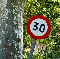 ¿Debe Vitoria copiar a Bilbao y poner vías a 30 km/h máximo?