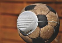 Si la vacunación fuera fútbol... ¡A los vascos nos han robado el partido!