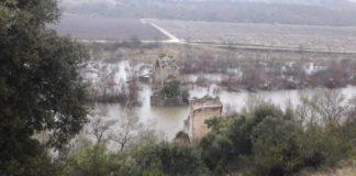Se derrumba un puente que unía Logroño con Álava