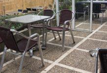 Vitoria mantiene la ampliación de terrazas de los bares