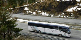 Los usuarios del bus Vitoria-Bilbao estallan por el precio