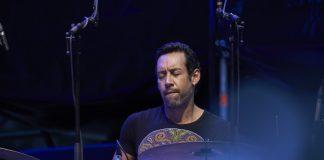 El redoble final de Antonio Sánchez, broche al Jazz de Vitoria