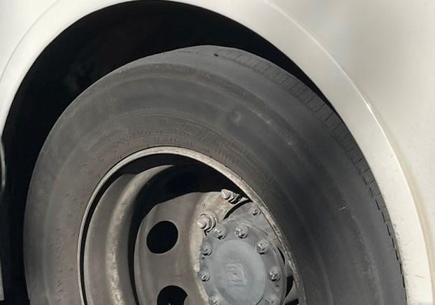 Autobuses de Vitoria y estado de neumáticos ¡Da pavor! (foto)
